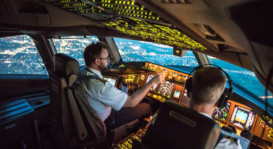Best Air Traffic Controller Degree Programs and Schools in 2018